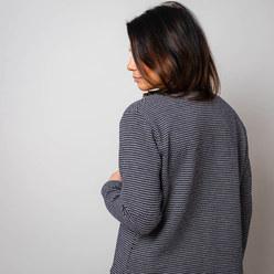 5d5389fe413 Dámský svetr typu cardigan 10285 - Willsoor